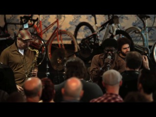 KEXP - Charles Bradley (No Time For Dreamin)